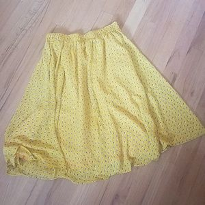 Comme Toi brand yellow skirt from Anthropologie